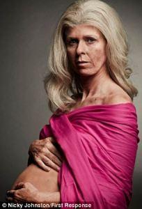 kate garraway old pregnant women article-2326293-19D52D22000005DC-611_306x450